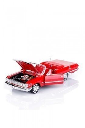 Welly Kırmızı 22434K 1963 CHEVROLET IMPALA CABRIO