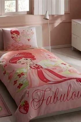 Taç Pembe DD-60083309 Yatak Örtüsü Strawberry Fabulous