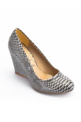 Moda Vindy Siyah MVD-DLG-6010 Dolgu Topuk Bayan Ayakkabı