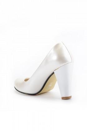 ef27c2ede79c6 ... Moda Vindy Beyaz MVD-KLSK-4000 Klasik Topuk Bayan Ayakkabı · Moda ...