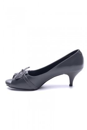 Matraş Gri MT-1816-G Klasik Topuk Bayan Ayakkabı